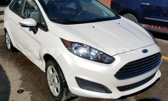 Buy Used Ford Fiesta White Car in Tbilisi in Tbilisi