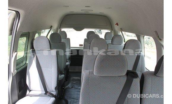 Buy Import Toyota Hiace White Car in Import - Dubai in Abhasia