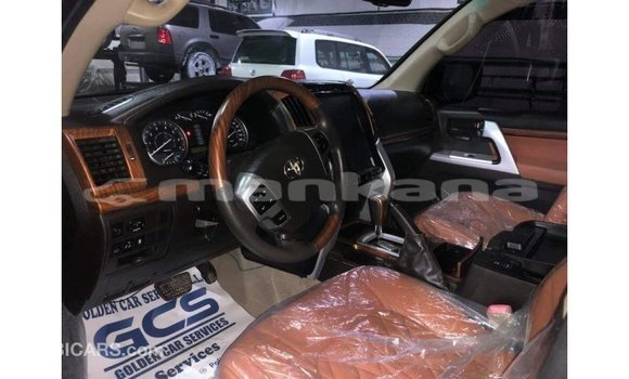 Buy Import Toyota Land Cruiser Black Car in Import - Dubai in Abhasia