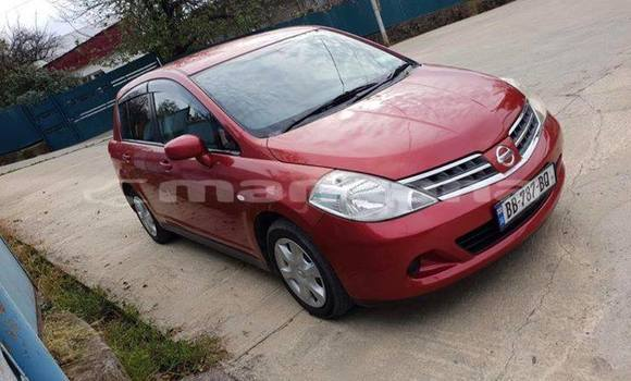 Buy Used Nissan Tiida Red Car in Kutaisi in Imereti