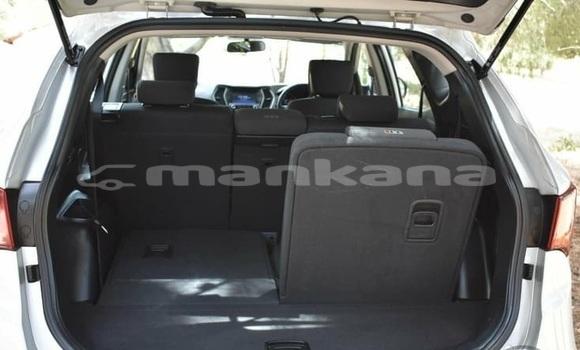 Buy Used Hyundai Santa Fe Silver Car in Import - Dubai in Abhasia